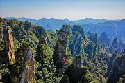 商务纯玩长沙到张家界国家森林公园+天门山玻璃栈道+黄龙洞+凤凰古城4日游